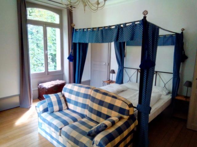 ein Schlafzimmer im Chateau de la Raffe